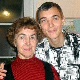 мать с сыном - бывшим наркоманом