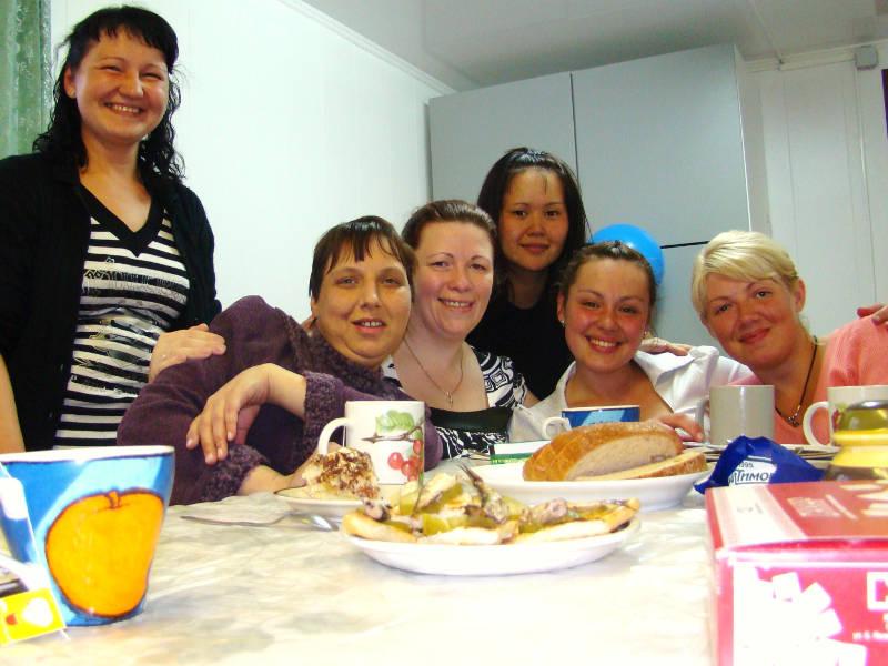 Девушки на программе реабилитации в Доме Надежды